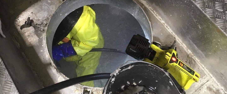 tankrengjoring av drivstofftank